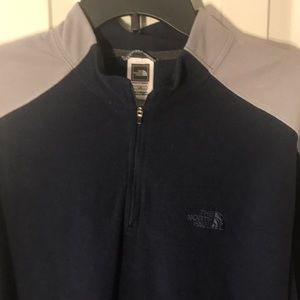 The North Face 1/4 Zip Blue & Grey Short. Large